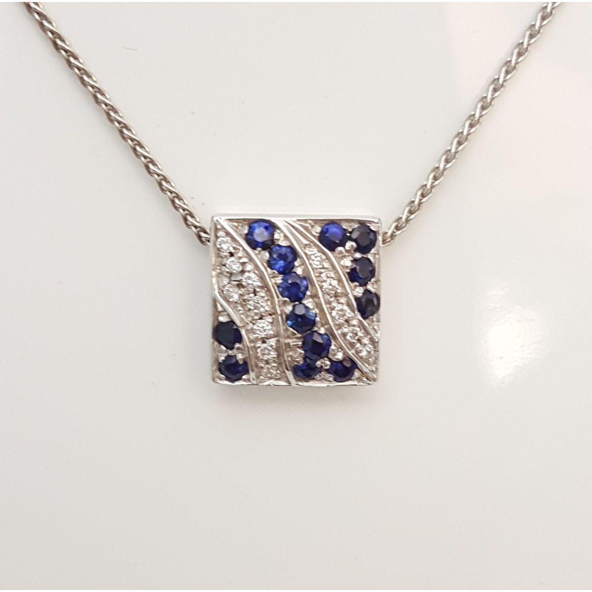 Collana Yukiko KCLD427-Z in Oro Bianco con Pendente con Diamanti e Zaffiri
