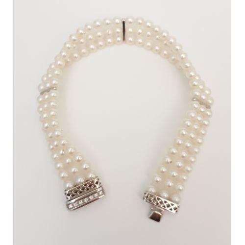 Bracciale di Perle Yukiko BR94 con Chiusura in Oro Bianco e Diamanti