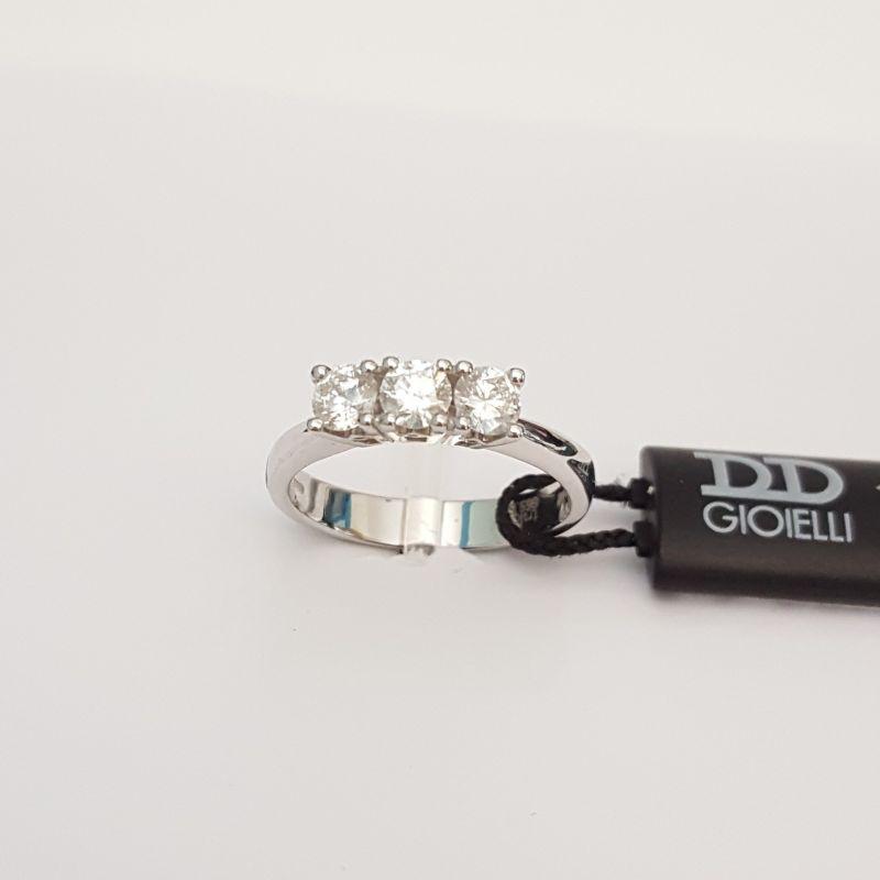 Anello Trilogy Davite & Delucchi in Oro Bianco AA 025765655