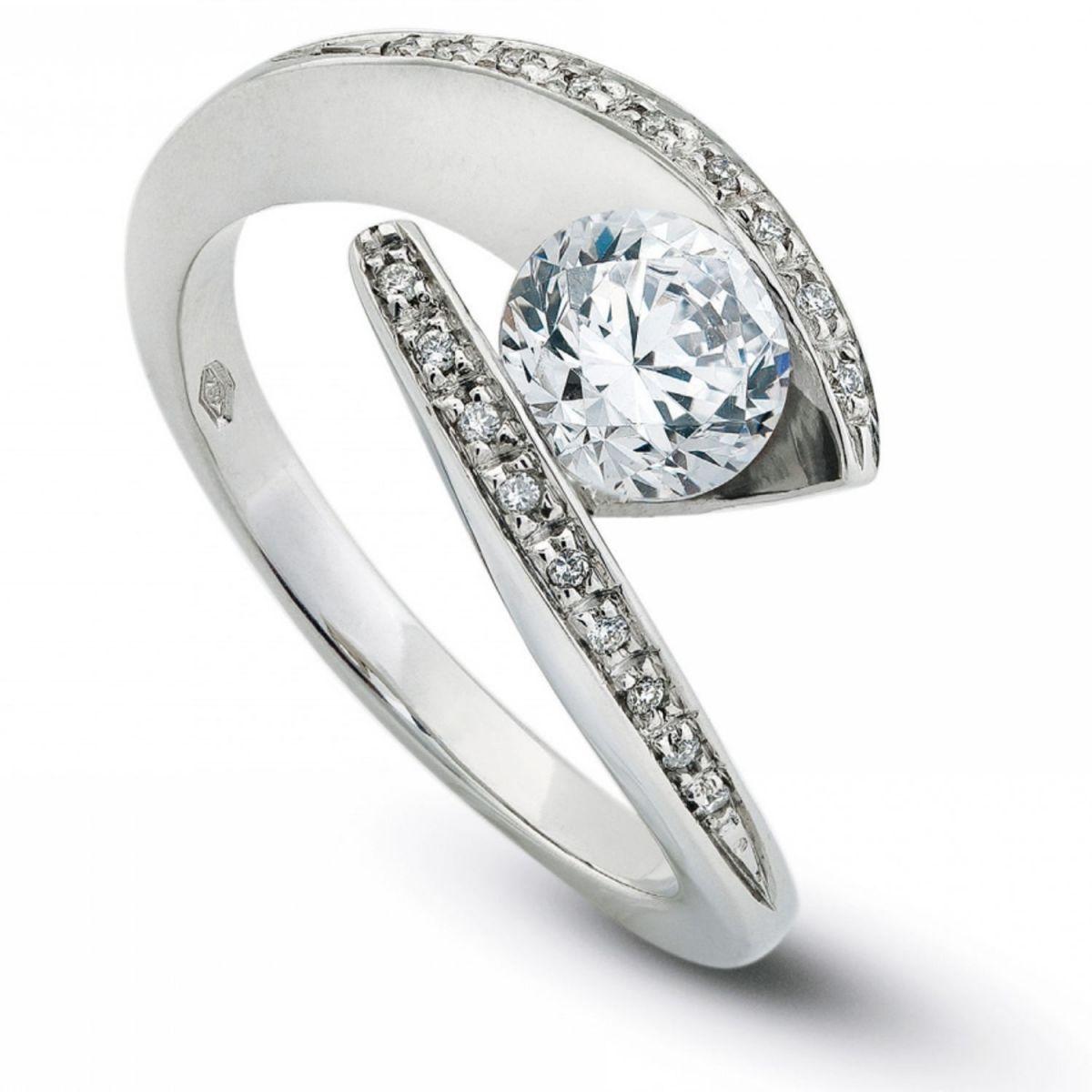 Anello DonnaOro DKAC1972.023 in Oro Bianco con Diamanti