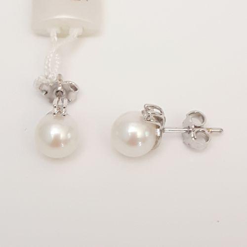 Orecchini Davite & Delucchi BBB08198 in Oro Bianco con Perla e DiamantE